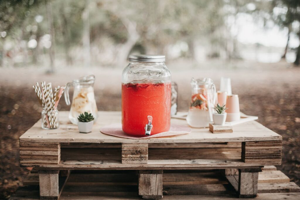welcome drink for wedding guests