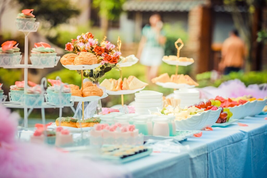 snacks for wedding guest