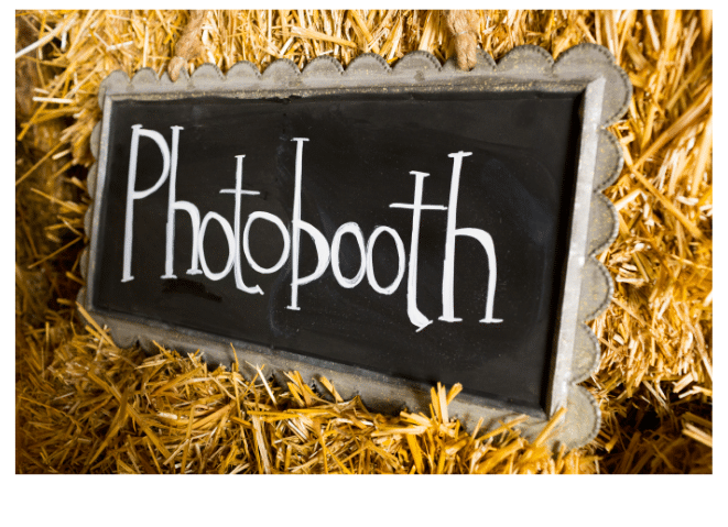 photo booth sign in wedding